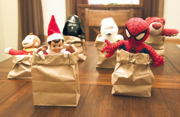 Elf on shelf sack race